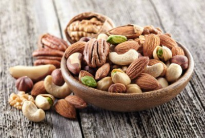 lose 10 pounds - bowl of mixed nuts
